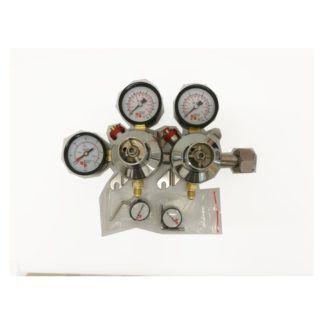 Regulaattori kahdella ulostulolla hiilidioksidille MicroMatic